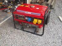 Clark power 3 kva 240 & 110 volt generator £185