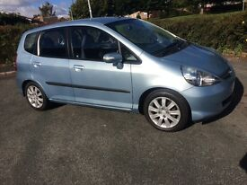Honda Jazz 1.4 SE low miles blue