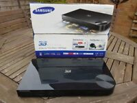 Samsung BD-F5500 3D Blu-Ray Player