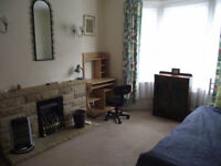 Study bedroom to let in Exeter