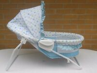 (346) Kids II Soothing Vibrations Bassinet / Baby Bassinet offers two positions