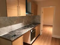 STUDIO FLAT £300 PER WEEK INCLUDING ALL BILLS AT TOWER BRIDGE AREA E1W 2BX