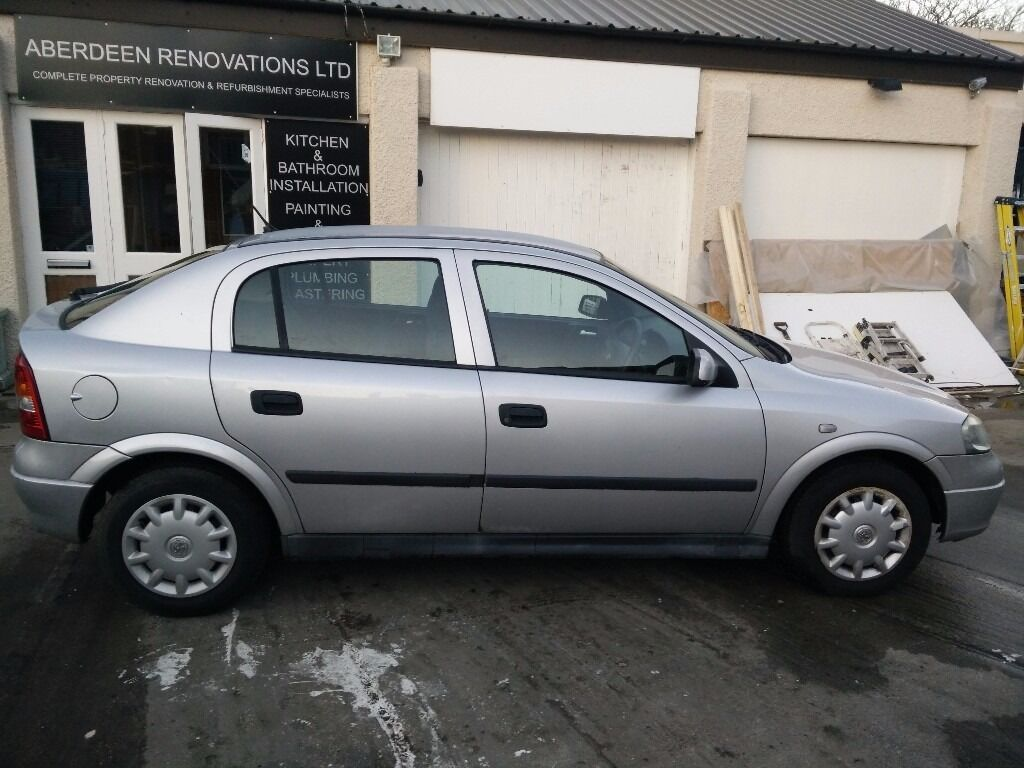 vauxhall astra 1 6 2000 5 door silver low mileage in bridge of don aberdeen gumtree. Black Bedroom Furniture Sets. Home Design Ideas