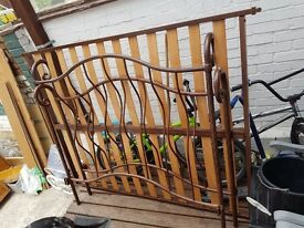 Double bed frame solid metal