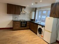3 Bedroom, Seperate Lounge Flat for rent £1700pm - bills not included - Greenford