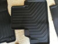 Honda CR-V rubber mats