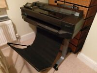 HP DesignJet T520 24-in (610-mm) Colour Printer As new with purchase receipt, manuals and disks