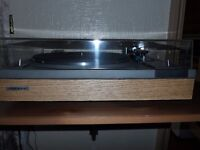 Pioneer PL112D Turntable in Excellent Condition.