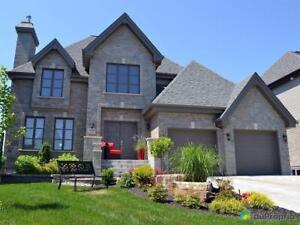 867 500$ - Maison 2 étages à vendre à Varennes