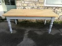 Solid pine 6ft dining table (delivery available)