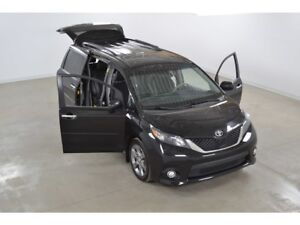 2014 Toyota Sienna SE Toit Ouvrant*Cuir/Tissus*Camera Recul* 8 P