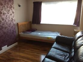 Big double room near Bexleyheath town centre south east london