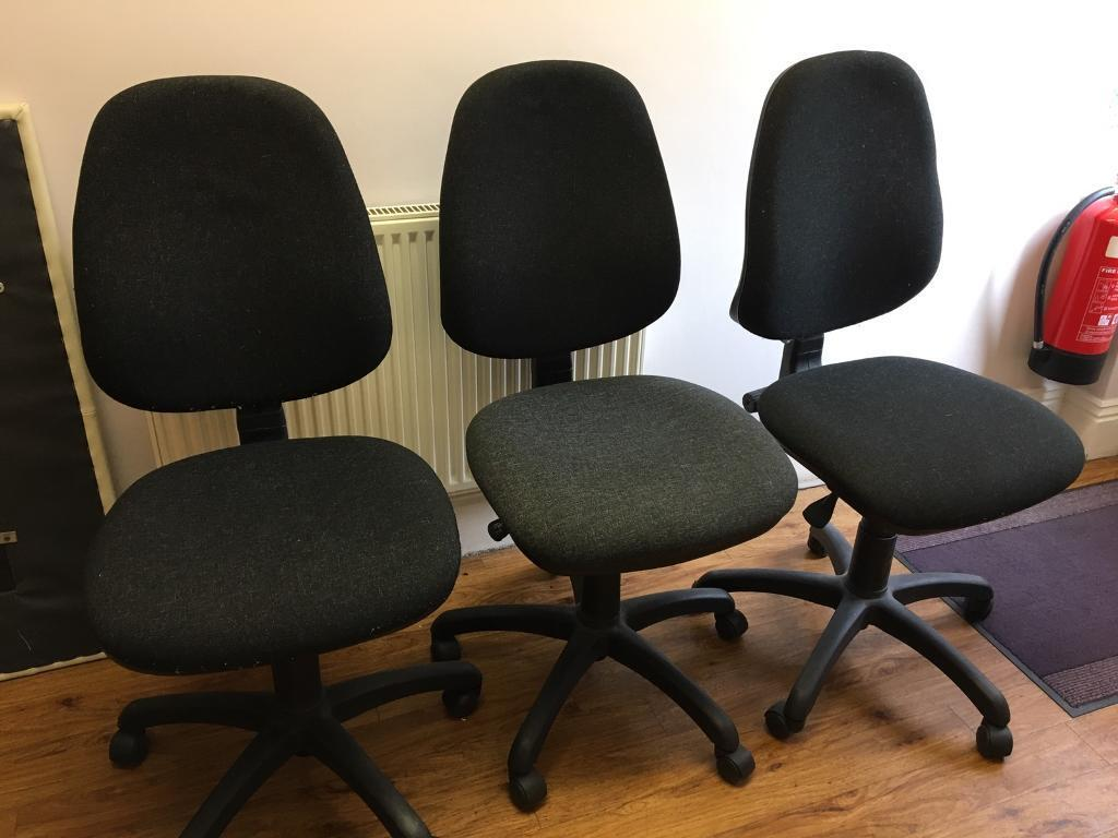 Office chairs x3