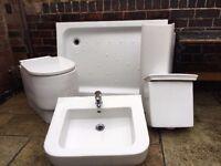 RAK - chunky bathroom suite excellent condition
