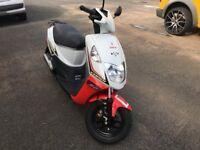 2014 Daelim cordi 50cc 2 stroke scooter
