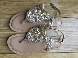 Beautiful beaded gold toe post sandal, UK 2, EUR 34, from Accessorize, as new condition