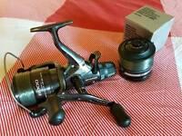 Like new shimano baitrunner dl6000 reel fishing carp