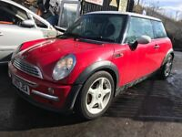 Mini Cooper 2003 1.6 petrol Red 3dr Hatch Breaking Spares *wheel nut*