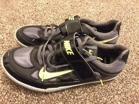 Nike size 11 track and field high jump spikes - sports trainers - black