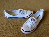 White Converse size 4.5