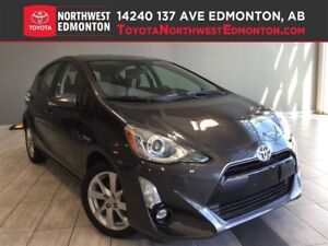 2016 Toyota Prius c Technology Package | Leather | Nav | Backup