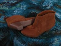 New Look tan ankle sued small heeled boots, size 8/42