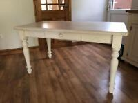 Gorgeous shabby chic kitchen table - white