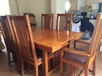 Bargain Solid Oak Dining Table and Chairs