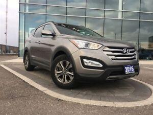 2016 Hyundai Santa Fe Sport 2.4 - heated steering wheel, and fro