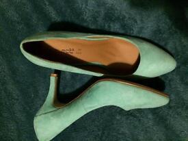 Mint green heel