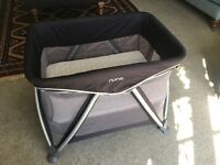 Nuna Sena mini travel cot