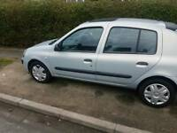 Renault clio LOW MILEAGE! FULL SERVICE HISTORY!