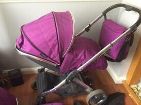 Oyster 2 pushchair and carrycot+maxi cosi car seat and adaptors