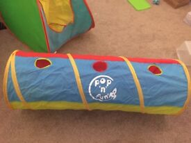 Pop up tent and pop up tunnel