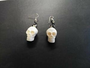 GOTHIC Resin Skull Earrings