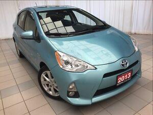 2013 Toyota Prius c Tech Package *Smart Key!*