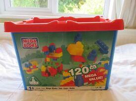 Box of 147 MegaBloks