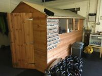 Good as new 10x6ft tongue and groove wooden shed