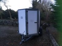 Iforwilliams box trailer