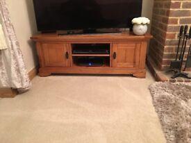 Oak tv cabinet / solid