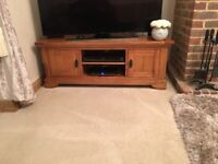 Oak tv cabinet / solid