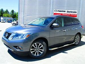 2015 Nissan Pathfinder 7 PLACES 4X4  V6 3.5L AUTOMATIQUE CLIMATI