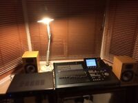 Korg DX32 XD digital recording studio