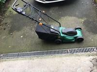 MINT CONDITION ELECTRIC LAWN MOWER