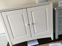 Stunning Ex Display Cameo Cupboard