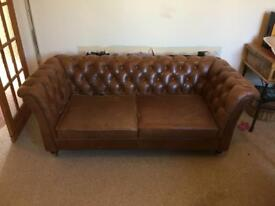 Gorgeous Caeser Chesterfield Leather 2 Seater Sofa