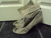 Miss selfridges boots size 4