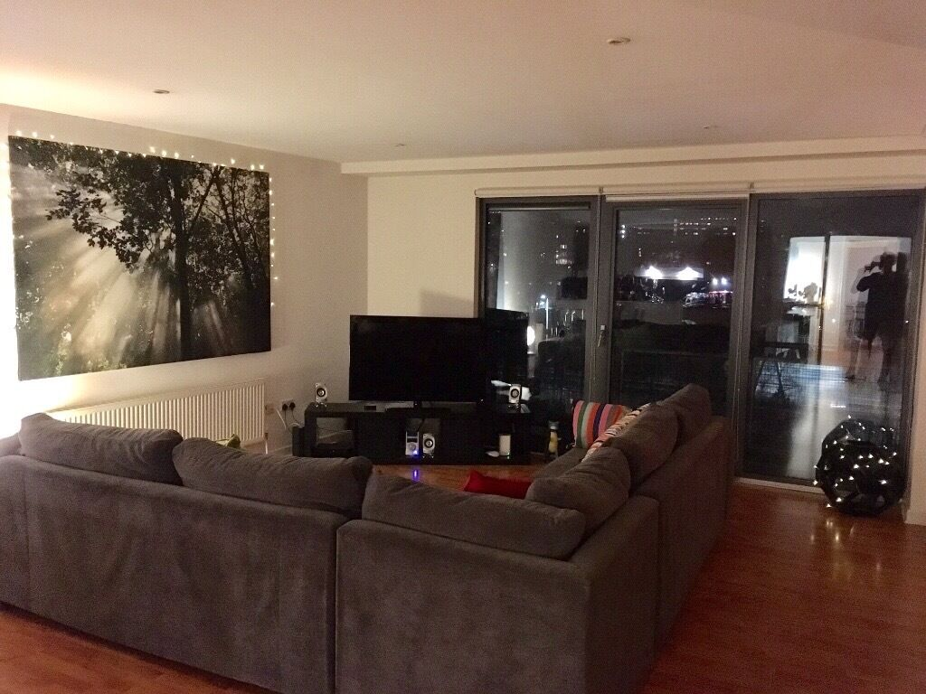 DOUBLE ROOM AVAILABLE AT GLASGOW HARBOUR TERRACE