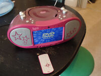 """DVD CD MP3 DIVX video audio stereo player with 7"""" screen, USB, radio and remote control"""