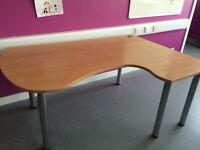 Fantastic large curved/corner desk, high quality